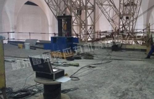 阿尔及利亚大清真寺项目祈祷大厅施工平台提升