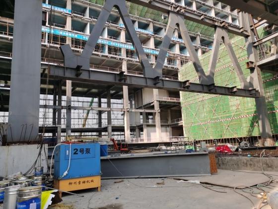 济南连廊提升施工