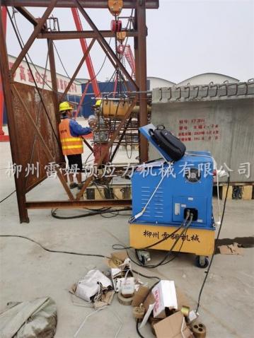 2020年9月30日,黑龙江农垦建工路桥有限公司河南驻马店市正阳县上蔡至罗山高速公路建设项目SLZT-5标段,采用了我公司CZB2×2-600A智能张拉设备、穿心式智能张拉千斤顶。